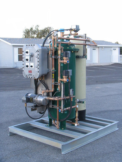 Skid mounted marine oil water separator